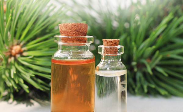 Essential Oils For Winter Gifts And Pampering