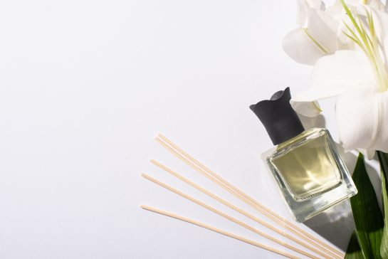 How to make your own perfume or cologne DIY guide